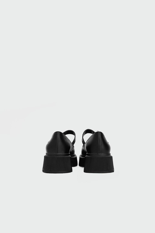 Amole Taş Detaylı Cırt Bantlı Siyah Kadın Babet