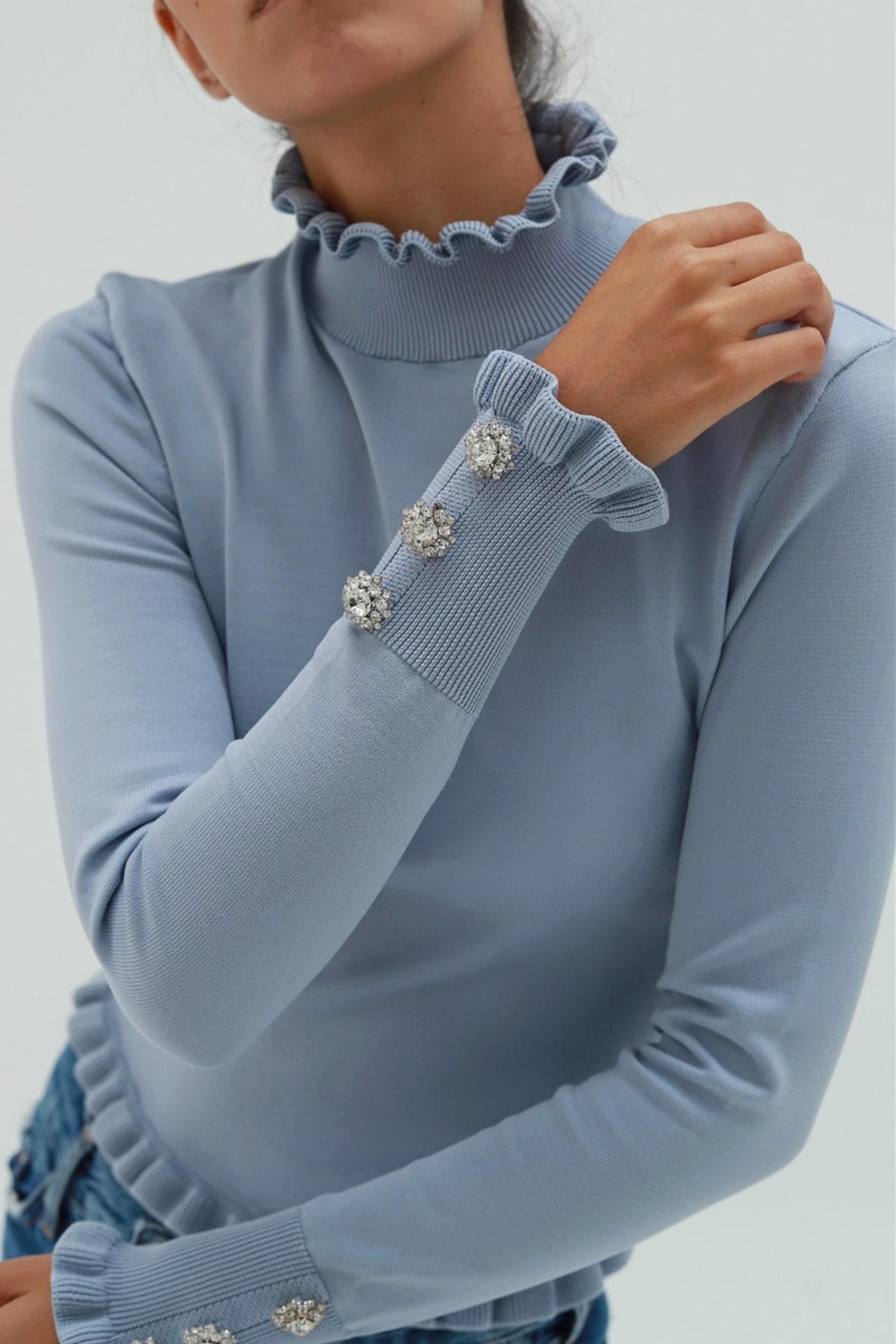 Balıkçı Yaka Bileği Taş Detaylı Mavi Kadın Bluz