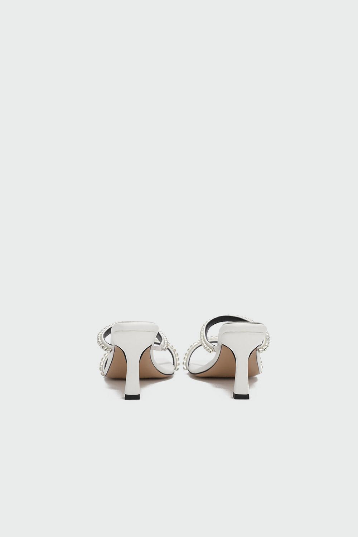 Calipso Taş Detaylı İnce Bantlı Beyaz Kadın Topuklu