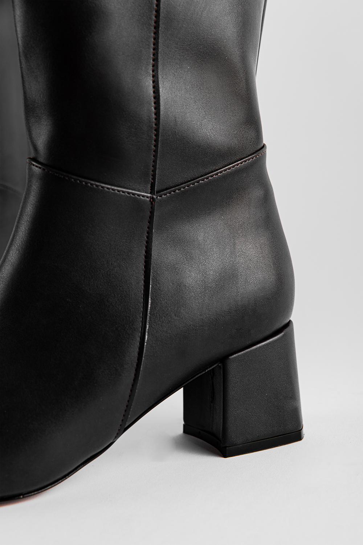 Alessi Yandan Kısa Fermuarlı Oval Burun Siyah Kadın Çizme