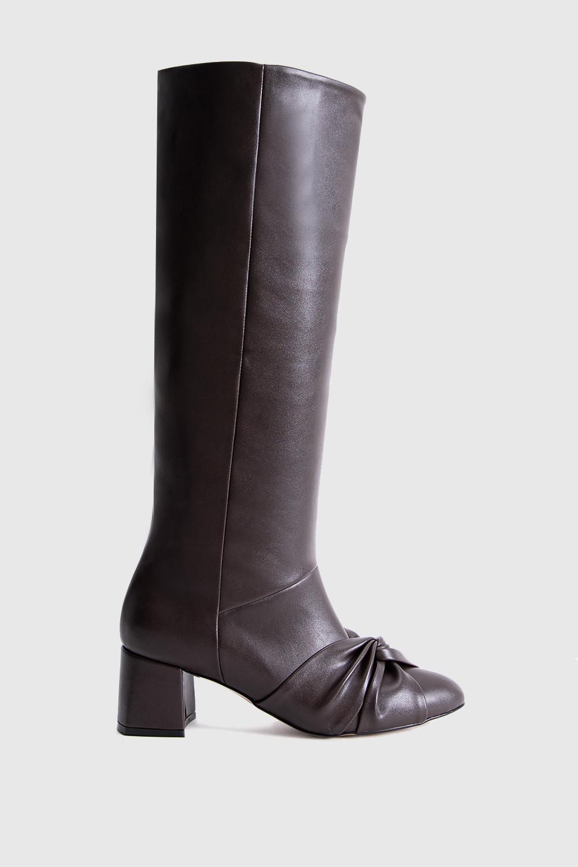 Dita Fiyonk Detaylı Oval Burun Uzun Acı Kahve Kadın Çizme