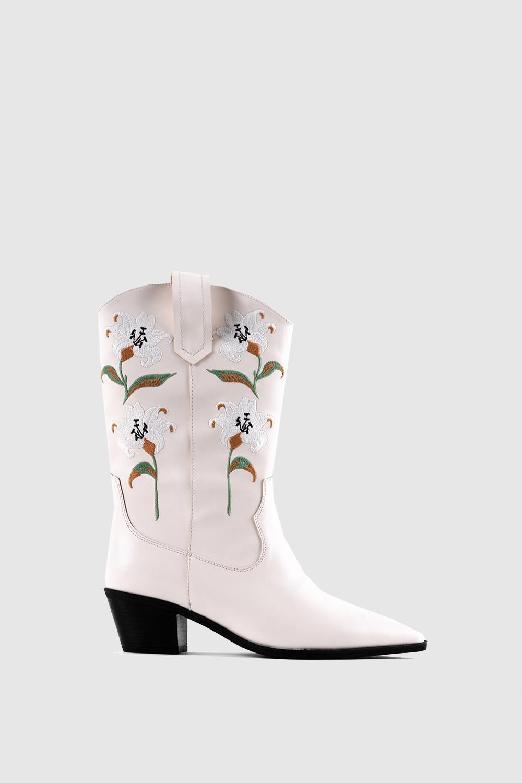 Manon Çiçek İşlemeli Kovboy Bej Kadın Çizme