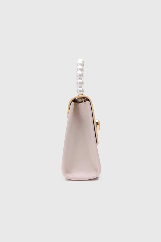 Dora Sapı İnci Model Kutu Kırık Beyaz Kadın Çanta