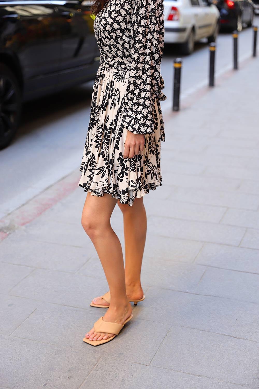 DESENLİ GARNİLİ PİLİSE Siyah Kadın Elbise