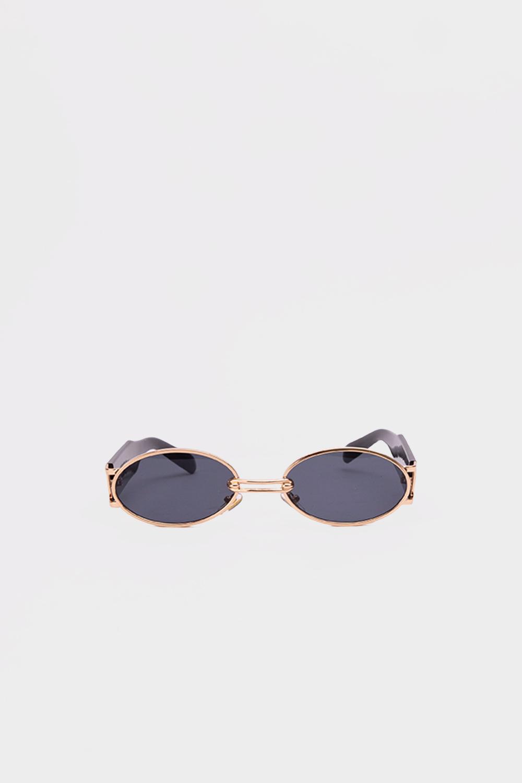 Gold Çerçeve Detaylı Kalın Kemikli Siyah Kadın Gözlük