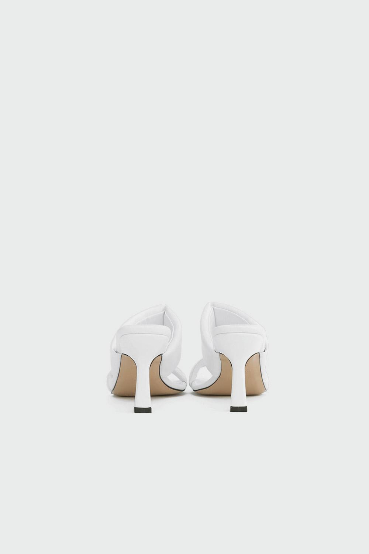 İvy Kalın Bantlı Tek Parmak Detaylı Beyaz Kadın Topuklu