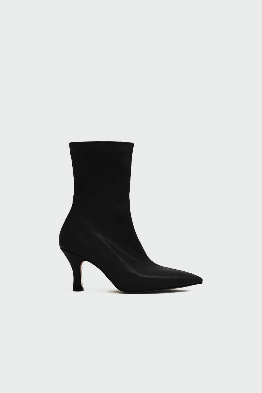 Jr Vittoria Sivri Burun Topuklu Siyah Kadın Çizme