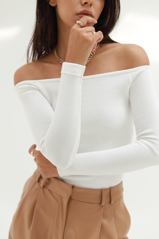 Kayık Yaka Crop Beyaz Kadın Bluz