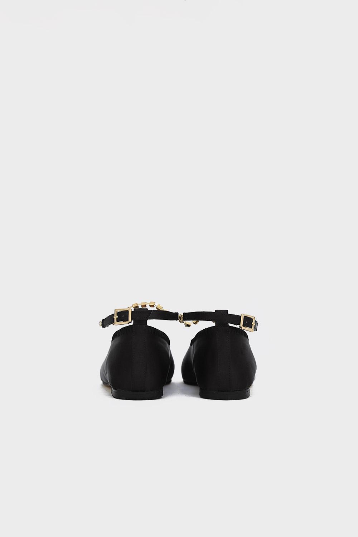 Nowles Taş Detaylı Düz Taban Siyah Kadın Babet
