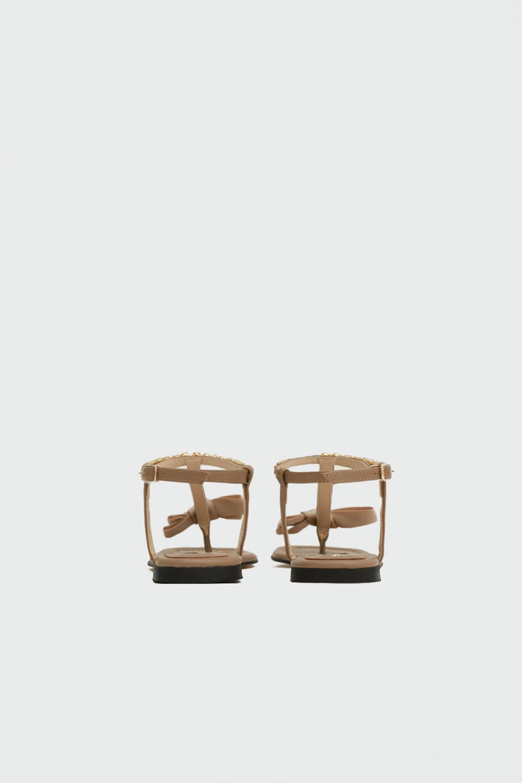 Tatu Taşlı Parmak Arası Kurdele Detaylı Cappucino Kadın Sandalet
