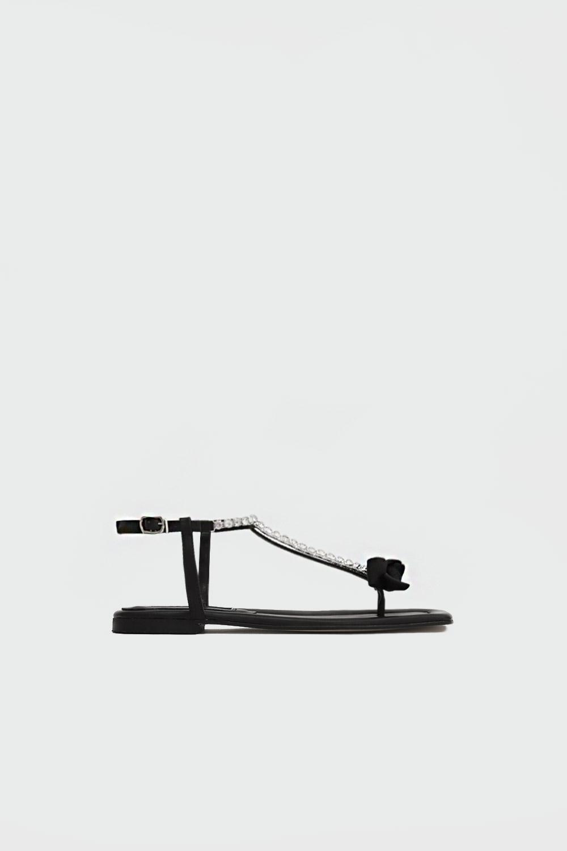 Tatu Taşlı Parmak Arası Kurdele Detaylı Siyah Kadın Sandalet